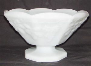Anchor Hocking Vintage White Milk Glass Footed Fruit Bowl Grape Serving Pedestal