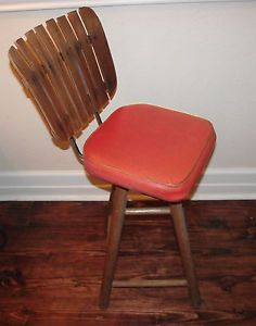 Mid Century Vintage Wood Slat Swivel Bar Stool Kitchen Stool Orange Vinyl Seat