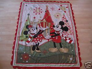 Disney Mickey Minnie Mouse Holiday Christmas Throw Blanket New