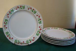 Royal Norfolk Christmas Dinner Plates 6 Holly Red Berry