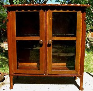 Antique Table Top Curio Display Cabinet Bookshelf Rich Patina Dbl Door Latches