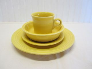 Fiesta Ware 4 Piece Place Setting Sunflower Yellow Dishes