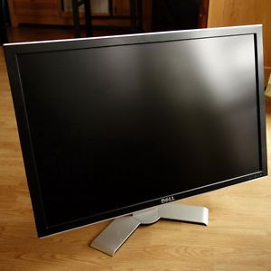 Dell UltraSharp 3007WFP HC 30 inch Widescreen IPS Flat Panel Desktop LCD Monitor