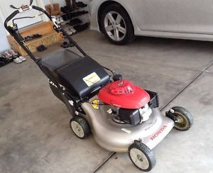 Honda Self Propelled Lawn Mower HRR 2168VYA Good Condition