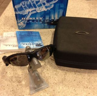 Oakley Thump 256 MB Digital Media Player Polarized Matte Blk