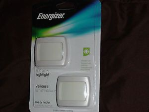 2 Energizer Night Light Soft Glow LED Security Hallway Ultra Slim ENLPLUFP2