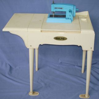 Marx Toys Sew Big Vintage Little Girl Portable Sewing Machine Table 7150