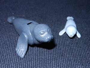 Playmobil 2 x Seal Sealion Figures Spares Parts Accessories