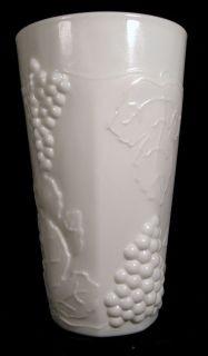 Set 4 Indiana Glass Colony Harvest Grape White Milk Glass Water Tumblers 12oz