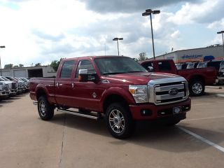 2014 Ford Super Duty F 350 SRW 4WD Crew Cab 172 Platinum