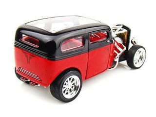 1931 Ford Model A Custom Sedan Road Signature Diecast 1 18 Scale Red Black