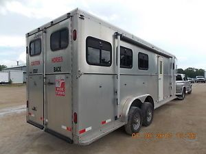 1998 Turn Bow Horse Trailer with Living Quarters Fits 3 Horses T084939