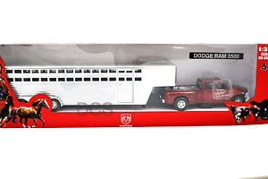 New Ray Dodge RAM 3500 Truck Burgundy Fifth Wheel Horse Trailer Diecast 1 32