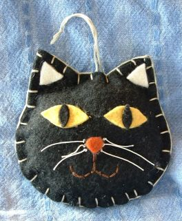Handcrafted Primitive Folk Art Halloween Black Cat Kitten Face Ornament Hanger