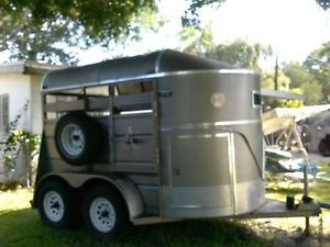 Ponderosa 2 Horse Straight Load Stock Type Trailer