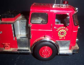 Franklin Mint Precision Models 1965 Seagrave Fire Engine Scale 1 32 N883 BB