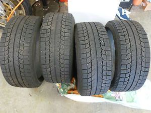 Michelin x Ice XI2 Winter Snow Tires 225 40 18