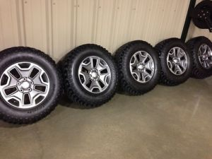 17 inch Jeep Wrangler Rubicon Wheels Tires BFG Tires Off A 2013 Wrangler