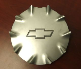 Best Genuine GM Chevrolet Chevy SSR Rear 20 inch Wheel Center Cap 5169 5230