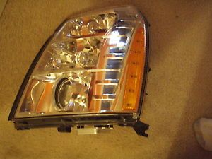 2007 2011 Cadillac Escalade Left LH Headlight Assembly