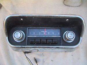 1968 Ford Mustang Radio Original with Bezel C8ZZ 18842 C and Knobs