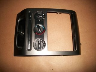 04 05 06 07 08 Ford F150 FX4 Dash Radio Bezel Grey Nice No Cracks