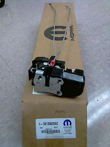 New O E M Mopar 99 02 Jeep Grand Cherokee Right Rear Power Door Lock Actuator