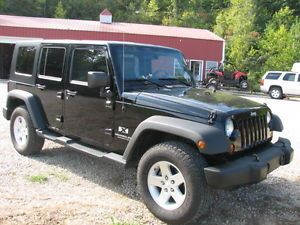 2008 Jeep Wrangler Unlimited x 4x4 Auto All Power Hard Top Toyo Tires Loaded