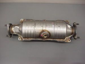 98 99 Genuine Honda Accord V6 Cat Catalytic Converter