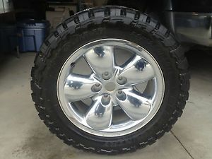 DODGE RAM OEM FACTORY WHEEL RIM AND 33 INCH TOYO OPEN COUNTRY TIRE