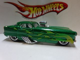 Hot Wheels Loose Garage Series Green Nash Metropolitan Metrorail Real Riders