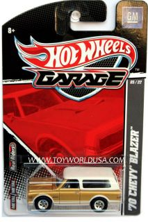 2011 Hot Wheels Garage 5 Ford vs GM '70 Chevy Blazer