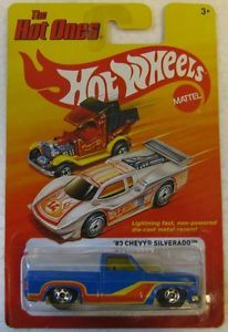 Hot Wheels The Hot Ones Series '83 Chevy Silverado Chevy Short Bed Pickup Truck