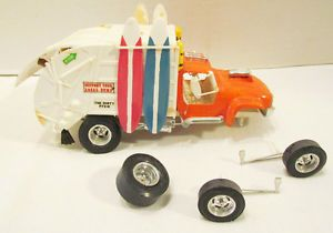 Monogram 1968 Garbage Truck Model Kit Original Built Up Car Kit Vintage w Band
