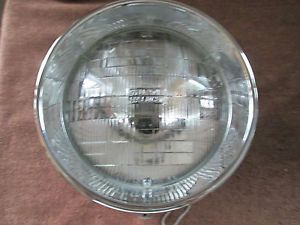 """ 7 in Mounted Headlight"" Harley Davidson Fatboy Sylvania 2D1 Excellent"