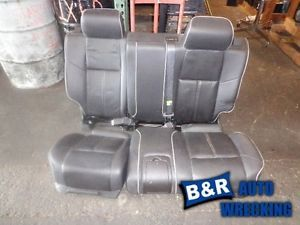 06 Hummer H3 Black Leather Back Seat 2527185