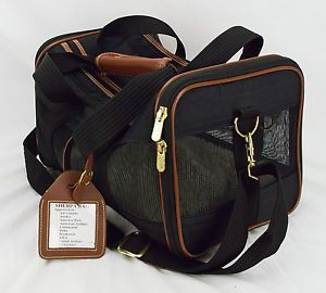 Sherpa Deluxe Small Pet Cat Dog Carrier Black and Brown Airport Approved Clean