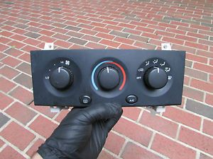 6724G Jeep Grand Cherokee 99 Temp AC Heat Climate Control Panel Unit Switch