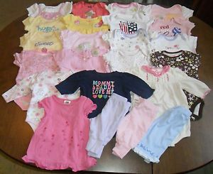 Huge 23 Piece Lot Size Newborn 0 3 Months Baby Girl Clothing GUC See Listing