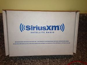 Sirius Onyx Dock and Play Satellite radio Receiver with Home Kit XM XDNX1