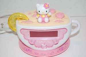 Hello Kitty Tea Cup Clock