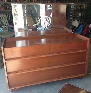 Mid Century Dresser Thomasville Chair Company and Mirror