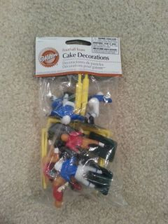 Wilton Football 10 Piece Team Cake Decorations Birthday Party Cake Toppers