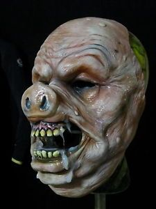 HALLOWEEN MASK HORROR COLLECTORS HORROR CREATURE PIG FACE MASK PROP