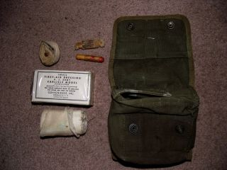 Original US Army USMC Corpsman Jungle First Aid Kit Pouch Contents 1944