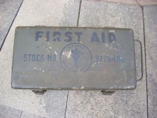 US Army Medical First Aid Kit WWII Metal Box Stock 9776400