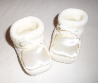 New Newborn Baby Boys Girls Unisex Knitted Bow Booties Lots of Designs Colours