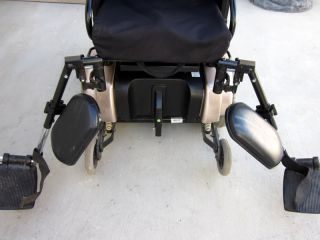 Jazzy 1122 Molbility Power Wheel Chair Electric Scooter