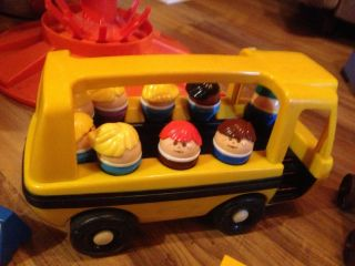 Huge Vintage Fisher Price Little Peoples Merry Go Round Fire Engine Mini Bus Lot