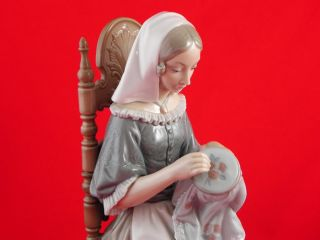 Lladro Lady Woman Sitting on Chair Large Figurine Mint
